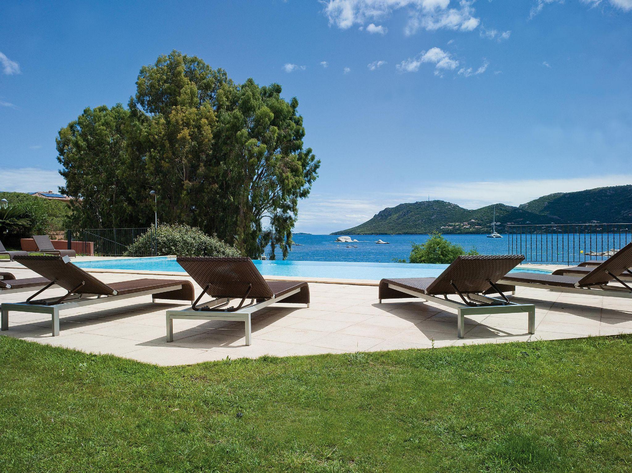 Shegara hotels porto vecchio south corsica for Hotels corse