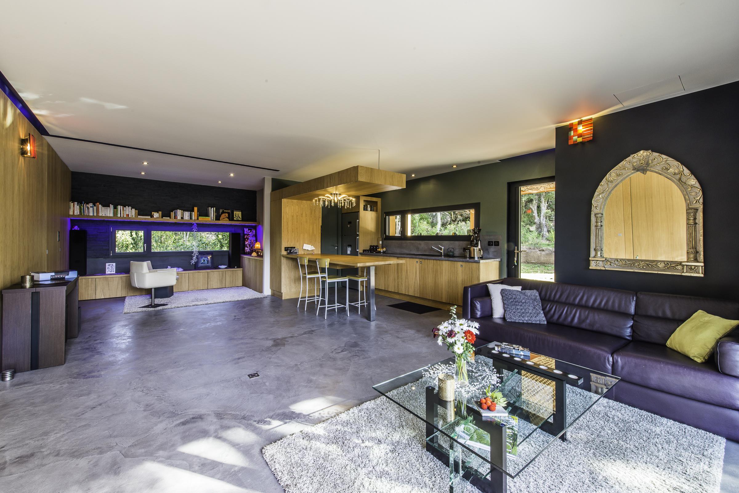 casa di bia alugueres em particular. Black Bedroom Furniture Sets. Home Design Ideas