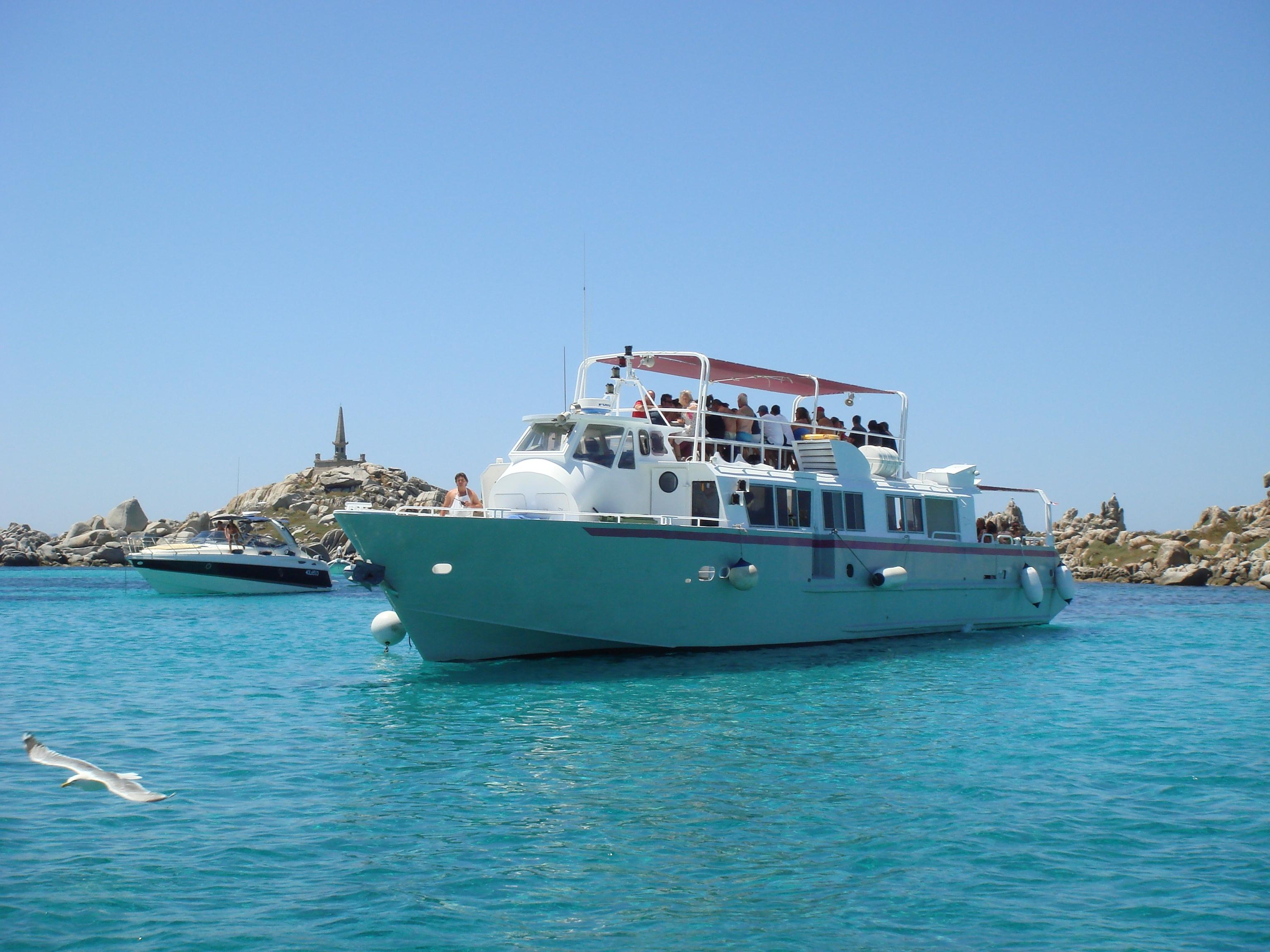 bateau iles lavezzi