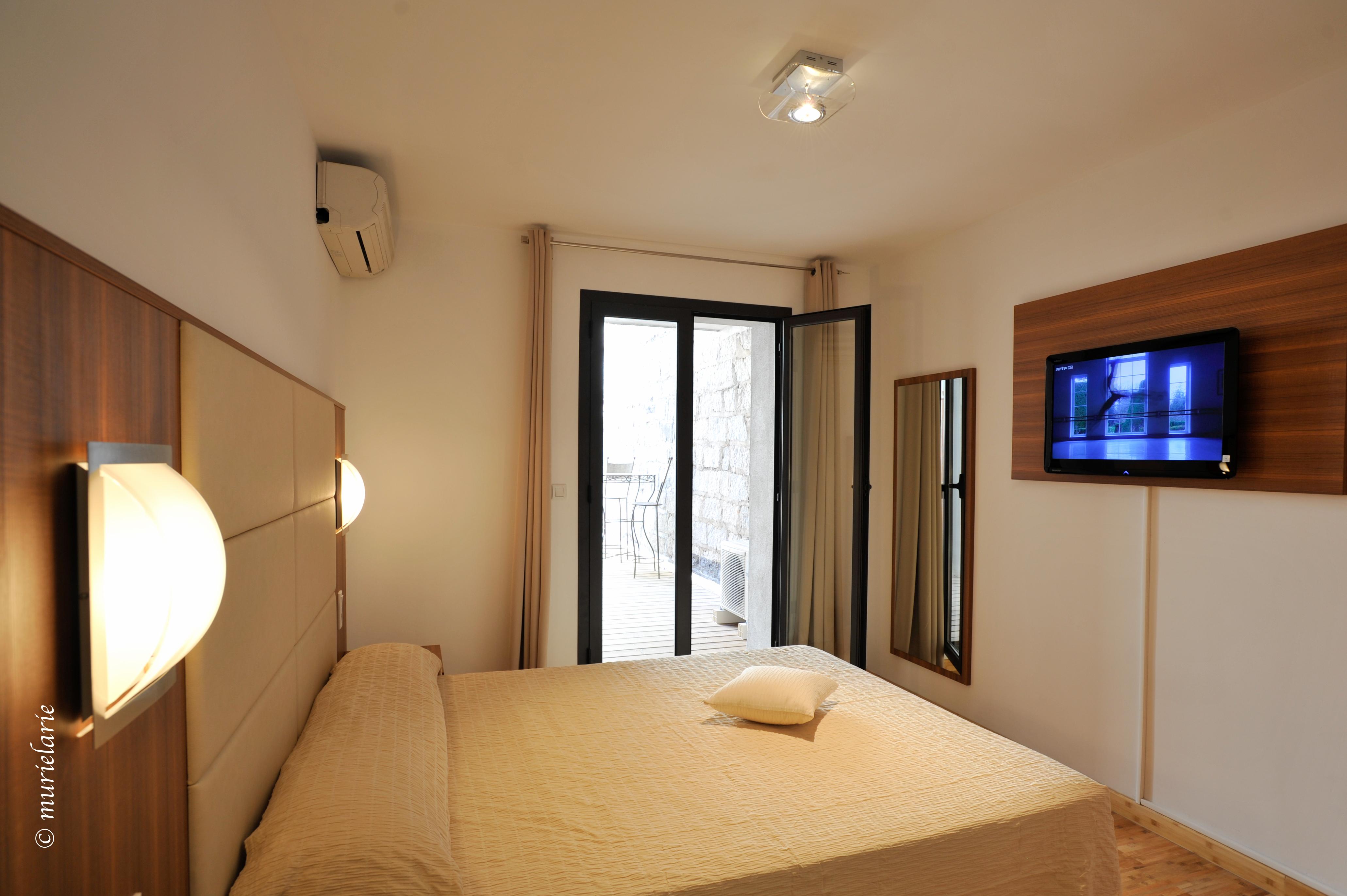 Residence hoteliere en aparte appart 39 h tels porto vecchio for Appart hotel porto vecchio