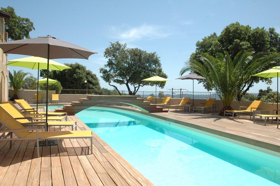 Les bungalows du maquis resid ncias - Hotel porto portugal avec piscine ...